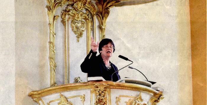 Christine Lieberknecht auf der Kanzel in der Statdtkirche-Durlach